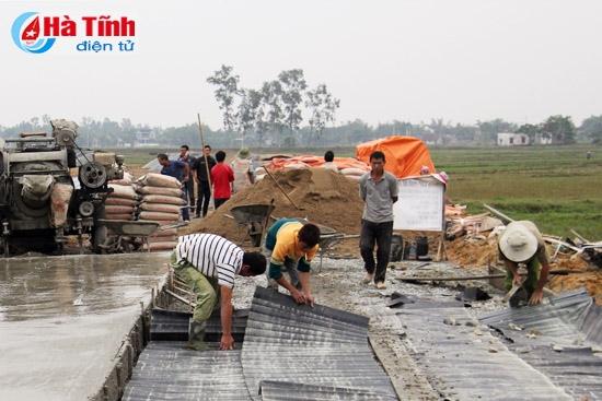 Phát triển giao thông trong xây dựng nông thôn mới ở Hà Tĩnh