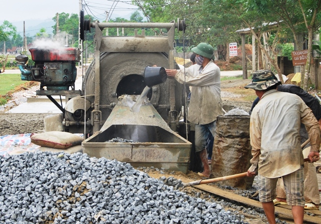 Lộc Hà kêu các tổ chức, cá nhân tài trợ hơn 14 tỷ đồng xây dựng nông thôn mới